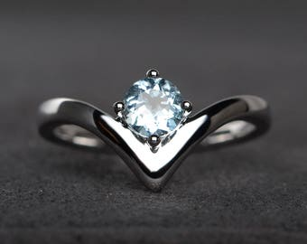 natural aquamarine ring promise ring round cut blue gemstone March birthstone sterling silver ring