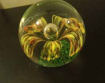 Paperweight as per photo