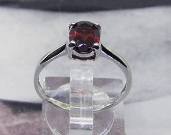 Ring women in Sterling Silver accented Garnet size 56