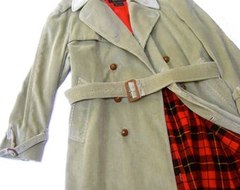 Mens Neiman Marcus Pale Green Corduroy Belted Coat c 1970s