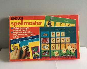 Spear's Spellmaster, vintage educational toy, pictures, letters, 4 yrs up, complete, excellent condition.