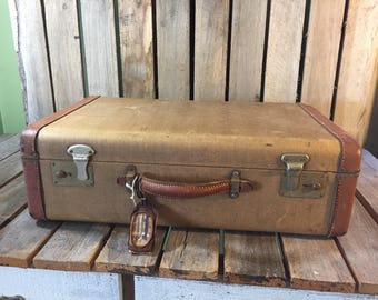 Vintage Tweed Suitcase with Leather Trim/Tweed Suitcase/Vintage Suitcase/Old Suitcase/Tweed Luggage/Vintage Luggage/Farmhouse Decor