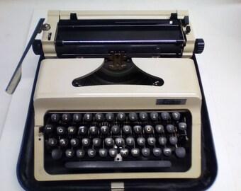 Vintage type writer from Erika