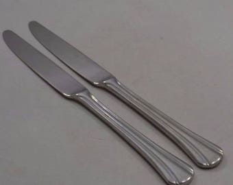 Pfaltzgraff Stainless MArgate Two Solid Handle Knives