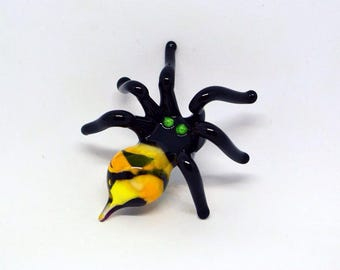 Yellow Glass spider figurine animals glass spider miniature spider art black glass spider toy murano spiders glass animals tiny small gifts