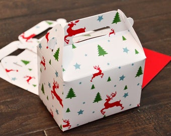 10 Christmas Tree Reindeer Pattern Favor Boxes / Treat Boxes / Gift Boxes