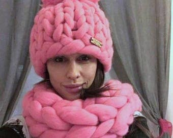 Knit Oversize Scarf Hat Set Pink. Chunky Wool Hat. Tick Merino Snood. Bulky Yarn Hat. Gift for Women. Gft for Her. Valentine's Day Gift.