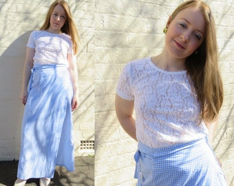 WHITE Lace Tee / Stretch Floral Lace Sheer Top / T-Shirt / 90's Vintage Tees / Round Neck / Short Sleeves Size 8-10 Small