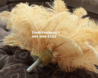 "Special Sale U.S.A. 1-100 Pcs. GOLD Ostrich Feathers 13/16"" long. Feather Centerpiece, Wedding, Quinceañera, Roaring 20's,Table centerpiece,"