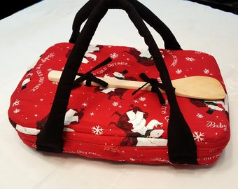 Baby, It's Cold Outside Casserole Carrier