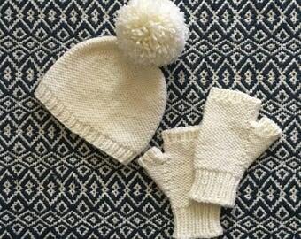 Flip Side Hat and Fingerless Gloves Set (Womens size)