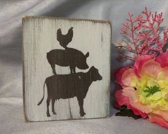 Farmhouse cow, pig and chicken shelf topper block sign