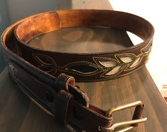 Vintage 1970's Brown Leather belt