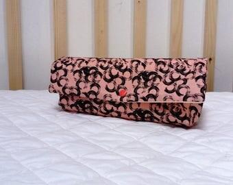 Retro pouch. Small bag, pockets