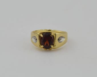 14k Yellow Gold Vintage Garnet & Diamond Ring Size 7.25