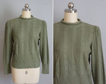 1970s Olive pullover sweater |