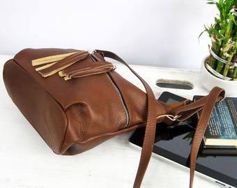 BROWN LEATHER BAG, brown leather purse, crossbody purse, cognac leather shoulder bag, fringe bag, leather bag, leather tassels