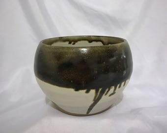 Bown dripped bowl