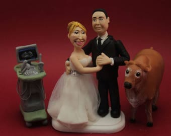 Customized vet Groom & Bride gynecologist, Customised  Wedding Cake Topper,  bride and groom , Cake decoration. Party Supplies.