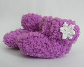 Cute baby knitted booties, handmade, Pink