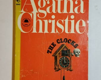 1965 SC The Clocks Agatha Christie Hercule Poirot Pocket Book 1st Pocket Book printing.