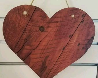 Heart wall plaque reclaimed palette type wood.