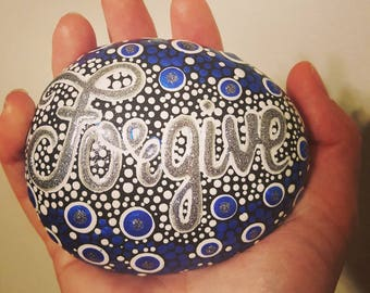 Hand painted rocks, painted stone, rock art, mandala stones, mandala rocks, inspiration,painted rocks