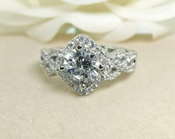 SALE! Vintage Cubic Zirconia engagement ring in 925 silver