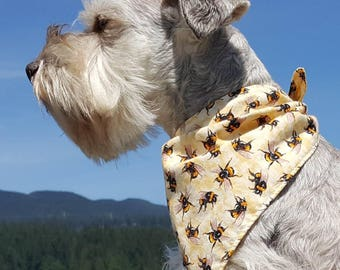 Puppy Bandana,  Small Dog Bandana, Summer Dog Bandana,Honey Bee, Dog Scarf, Large Dog scarf, Yellow, Tie Dog Bandana, Bandanna, Bumble bee
