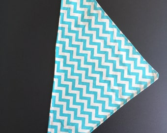 Blue and White Dog Bandana with poppers