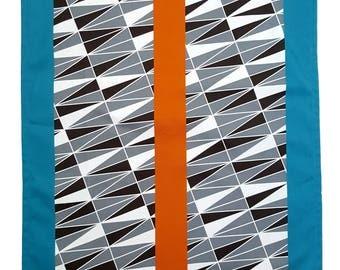Geometric Print Teatowel