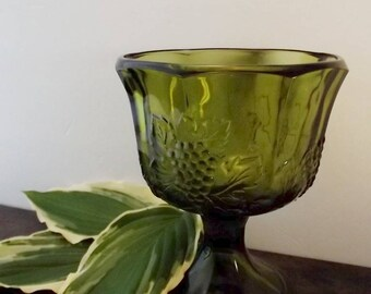 Vintage Green Glass Bowl/Candy Dish/ Compote Bowl/Decorative Footed Bowl/Pedelstal