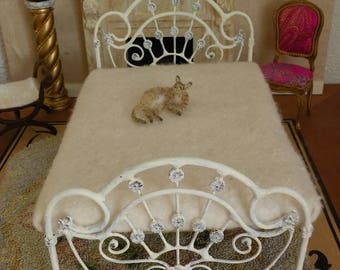 """Artisan Made Dollhouse Miniature Wrought Iron Look Bed """"DAISY"""" 1:12 Scale Twin and Full, Half Scale"""