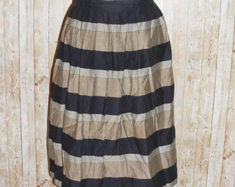 Size 8 vintage 80s does 50s pleated midi skirt taupe/black horiz stripes (HJ93)