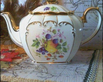 Excellent Condition, Vintage, Full Size, English Sadler Bone China Teapot, 1920