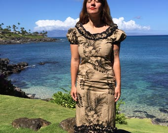 Vintage Island ALOHA WEAR HAWAIIAN Ruffled Maxi Dress