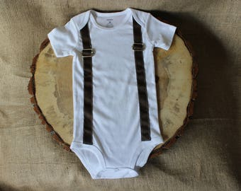 18 mo Baby Boy Onesie / Suspender Onesie /Baby Outfit / Suit Up / Gifts for Baby / Onesie with Suspenders / Cake Smash Outfit, Monthly Pic