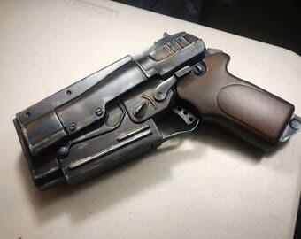 Fallout 4 10mm default pistol  RAW cast