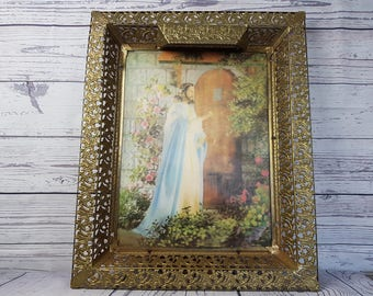 "Vintage Large 21""x17""x2"" Gold Tone Detailed Filigree Frame 3D Hologram Print Jesus Space for Lamp Wall Hanging Religious Christian Art"