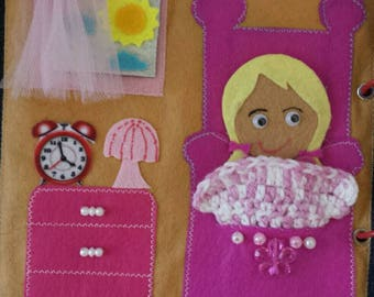 Doll House. Quiet book