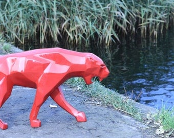 animal polygonal figure/sculpture/art-object - panther