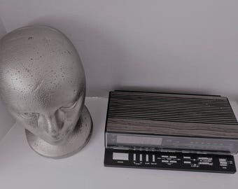 Vintage 80's Retro Electric AM FM Clock Radio Cool Style Hippie Futuristic Decor