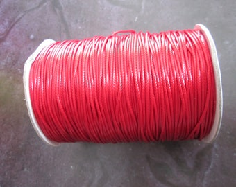 1 m of red waxed cord 1 mm in diameter