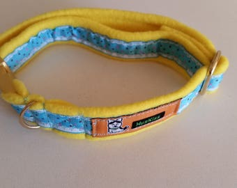 Lightweight small dog or cat fleece collar