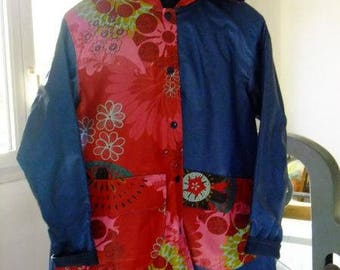 Unique piece: red and blue reversible raincoat for adult