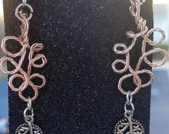 Twisted rose gold earrings