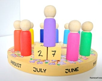 Rainbow Forest People Annual Perpetual Seasons Calendar Waldorf Peg Dolls Calendario Anual Arcoiris Estaciones