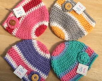 Girls beanie hat, 6-12 Months hat, Crochet Beanie Hat with Flower, handmade baby hat, vegan friendly hat, crochet hat, girls beanie hat