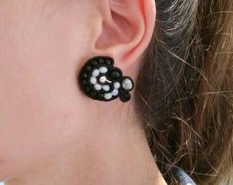 Earrings in soutache