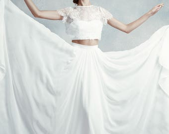 Emily / 3-piece sweetheart neckline wedding dress with chiffon skirt, short sleeve crop top & court length train